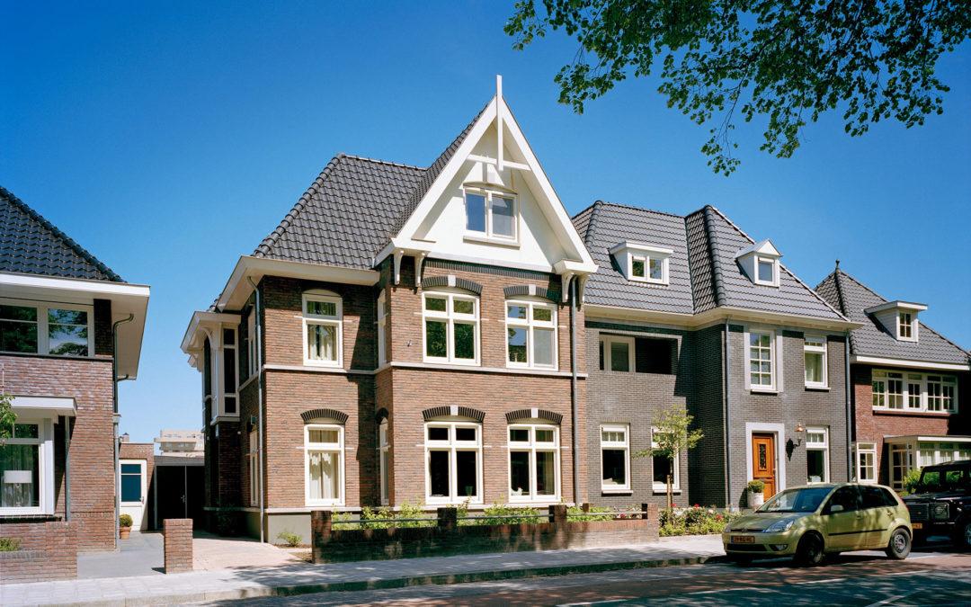 Statige stadsvilla in klassieke chaletstijl in Enschede