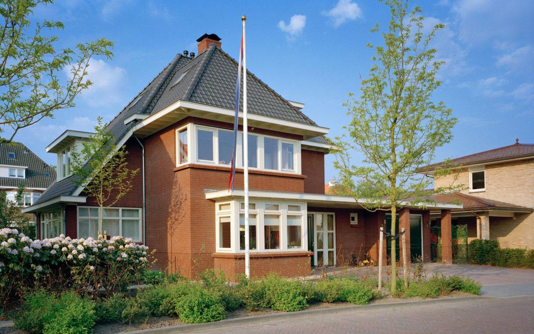 Jaren 30 woning met garage te Enschede