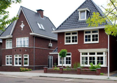 Twee klassieke woningen te Enschede